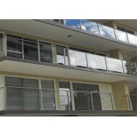 American Standard Stainless Steel Post Glass Railing For Outdoor And Indoor Manufactures