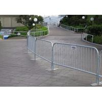 Low Carbon Steel Wire Mesh Fence Panels Pedestrian / Crowd Control Barricades Manufactures