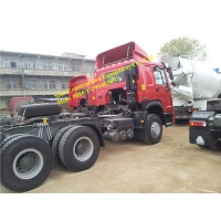 Red 90 Ton Euro III 371hp HOWO 6x4 Prime Mover Truck Manufactures