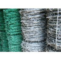 BWG 8 - 20 Green Barbed Wire , Hot Dipped Galvanized Airport Security Fence Manufactures
