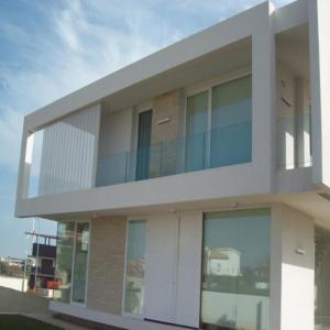 Prima housing glass railing u aluminum channel  Frameless glass railing aluminum u channel glass railing Manufactures