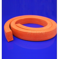 Thermotolerant 30-80A Square Foamed Silicone Sponge Strips Manufactures