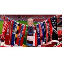 European World Cup Scarf , Embroidered Red And Blue Team Usa Soccer Scarf Manufactures