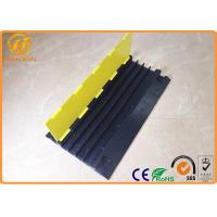 China 4 Channel Heavy Duty Rubber Floor Cable Cover for Events Cable Management on sale