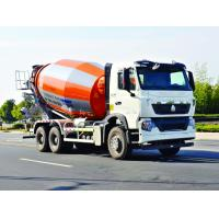 ISO Concrete Mixer Truck With Pump , Mobile Industrial Concrete Mixing Equipment Manufactures