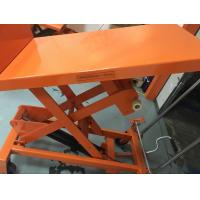Mobile Aerial Work Hydraulic Tilt Table Orange Color With Protection Bracket