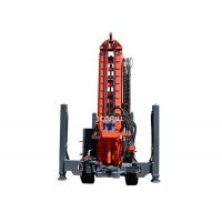 Hydraulic Crawler Moving Small Water Well Drilling Rig CWD200 Manufactures