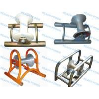 Cable Roller with Steel Plate Frame during cable laying work Manufactures