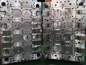 Baby product Polishing Machining Plastic Injection Mold low pressure injection Manufactures