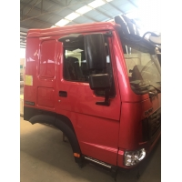 AZ1642900002 SINOTRUK HOWO Cabin HW76 With Single Berth A / C Manufactures