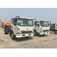 12 Tons HOWO Light Duty Commercial Trucks White Color 116HP Engine 4×2 Drive Manufactures