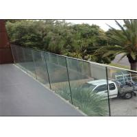 Indoor Side Mount Frameless Glass Railing Glass Stair Balustrade Systems Customized Size Manufactures