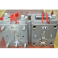 Single H13 Cavity Plastic Injection Mold For Car Parts Manufactures