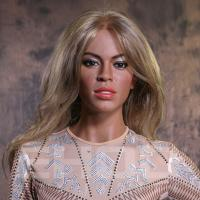 Top Quality Realistic Famous Hollywood Singer Wax Figure for Celebrity Museum