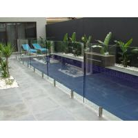 Glass Swimming Pool Fencing , 85% Light Transmittance Glass Pool Safety Fence Manufactures