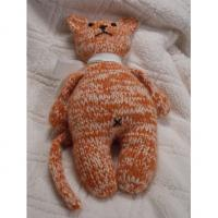 Handmade, hand knit stuffed CAT toy animal 18cm Manufactures