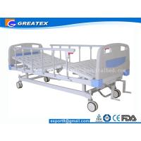 Folding adjustable Manual Hospital Bed 2 crank With Central Braking System Manufactures