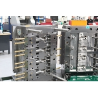 HASCO Standard 4 Cavity Inserted Plastic Injection Mold Manufactures