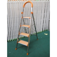 Corrosion Resistant 4.6ft Aluminum 4 Step Ladder Manufactures