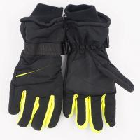 2017 on stock hot selling Reinforced thermal extreme weather Fit design Waterproof Ski Gloves Nylon 31*11cm 143g Manufactures
