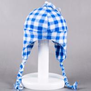 Fleece Solid Color 100%polyester 20*33cm Warm Winter plain dyed  Peruvian Woman Kids Caps braid tassel earflap hats Manufactures