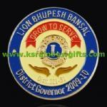 gold lion badge pin Manufactures