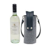 Buy cheap Felt Wine Bag-case With Buttons BW-12-33 / Felt Beverage Holder With Handles/Handmade Wine Bottle Ca from wholesalers