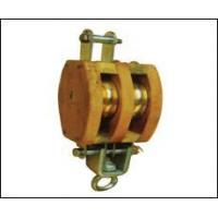 231745Wooden pulley wheel