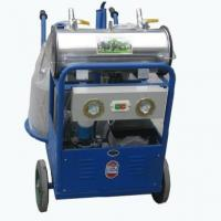 China HL-JN06 Vacuum Pump Double Bucket Milking Machine with Foodlight on sale